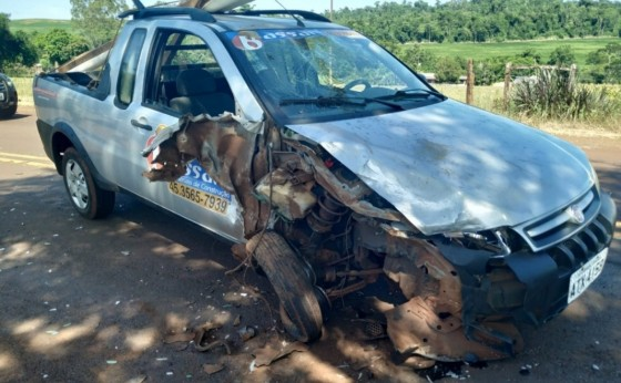 Seis pessoas ficam feridas em acidente entre veículos na PR 497