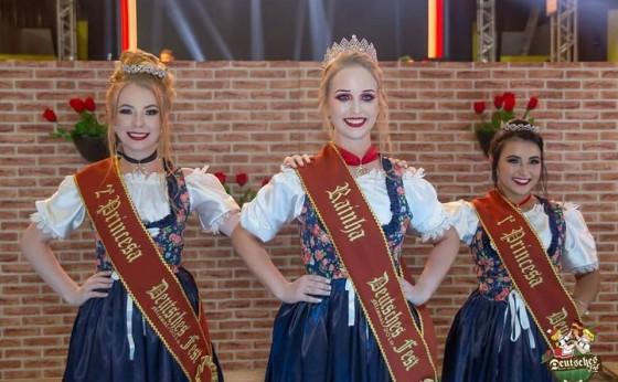 Sheila Eliane Gund Henschel é eleita Rainha da 18ª Deutsches Fest de Missal