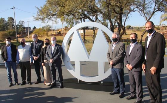Sicredi Vanguarda apresenta monumento alusivo ao lançamento da obra da nova sede administrativa
