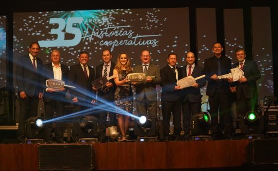 Sicredi Vanguarda PR/SP/RJ comemora 35 anos promovendo o cooperativismo financeiro