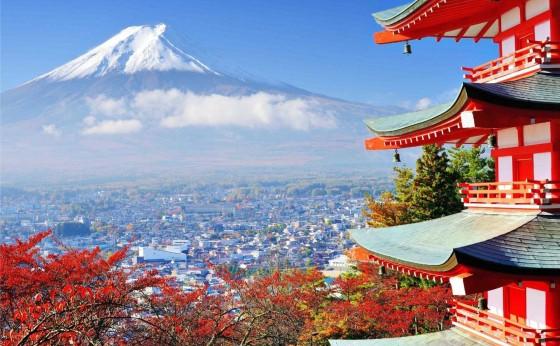 Turistas trocam guias de viagem sobre Japão pelo Instagram