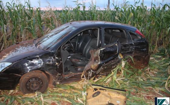 Um acidente foi registrado na PR 495 na saída de Dom Armando no final da tarde de hoje