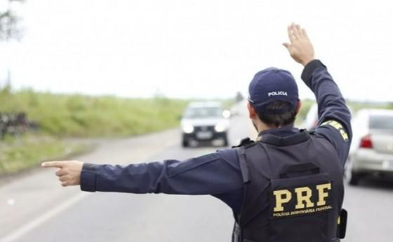 Um motorista bêbado por hora foi flagrado durante o Carnaval pela PRF no Paraná