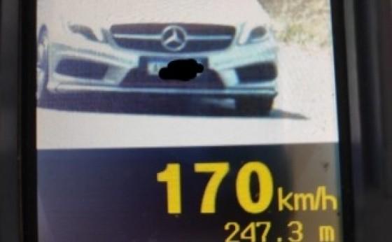 Veículo é flagrado à 170 km/h entre Missal e Santa Helena; Radar capturou 45 imagens