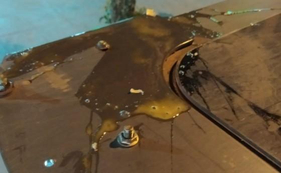 Veículo e Servidor Público que fazem a limpeza das ruas são atacados com ovos em Missal