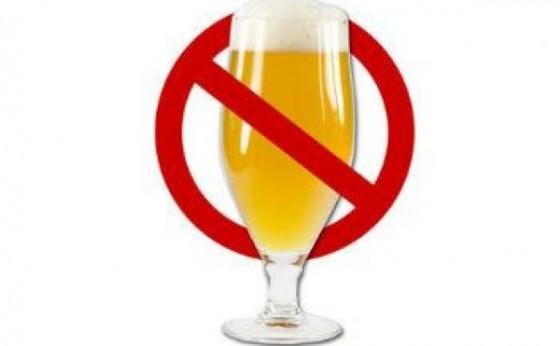Venda e consumo de bebidas alcoólicas ficam restritas no Paraná